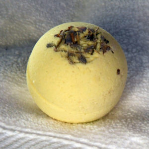 Botanical Bath Bomb, essential oil bath bomb, bath fizzy, lemongrass lavender scented bath bomb